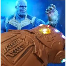 Manusa tip Thanos, 35 cm,  cu leduri