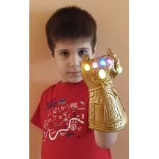 Manusa tip Thanos cu leduri, 28 cm, varsta 4 - 9 ani